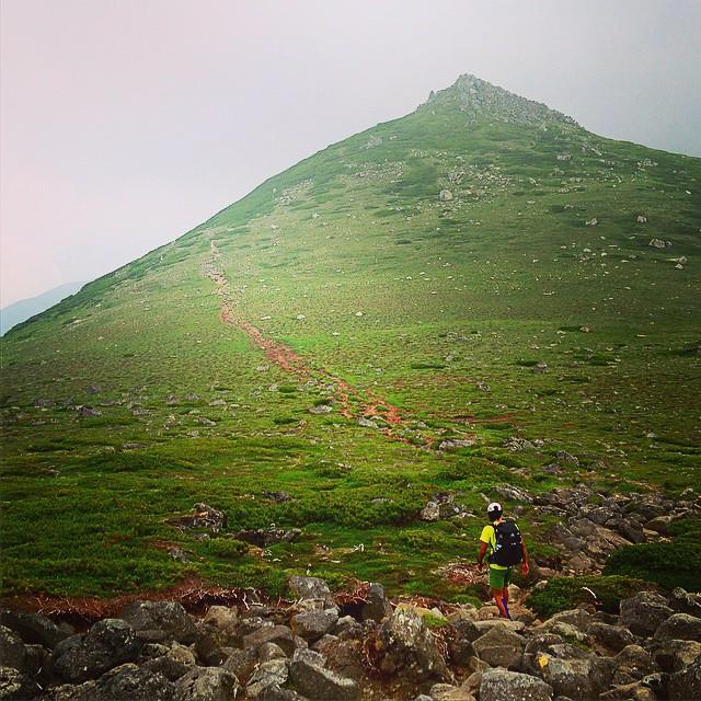 The trail #Daisetsuzan #Tokachidake #Tomuraushi #Hokkaido #japanmountains #Fastpacking